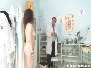 karla visits gyno clinic with greatly unshaved