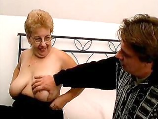 overweight old mamma with large tits t live