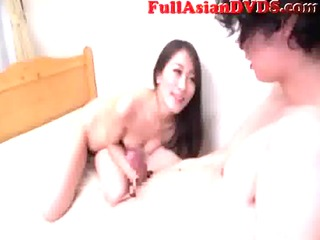 japanese mother copulates her son(4)